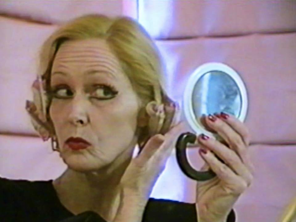 LA CAGE AUX ZOMBIES, Kelly Hugues